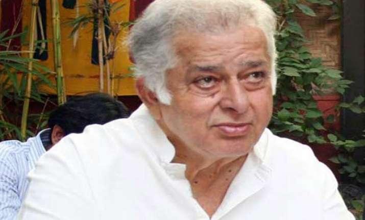 pm greets shahshi kapoor on being awarded dadasaheb phalke