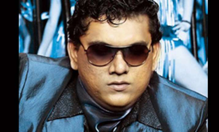shadow actor naseer khan arrested released on bail