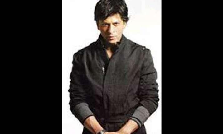 shahrukh grows thin because of make up