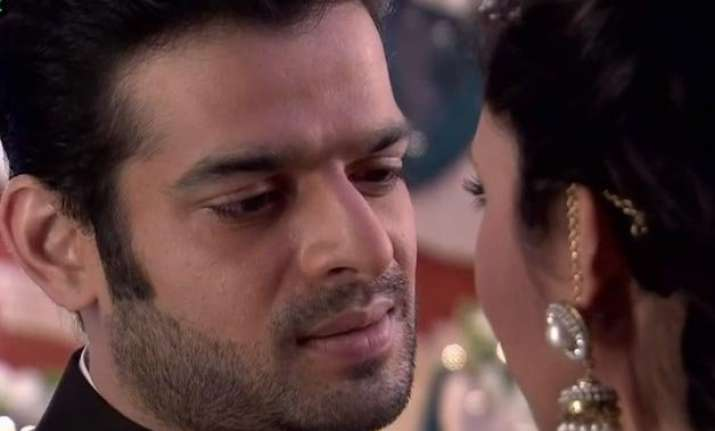 karan patel to shoot consummation scene in front of wife