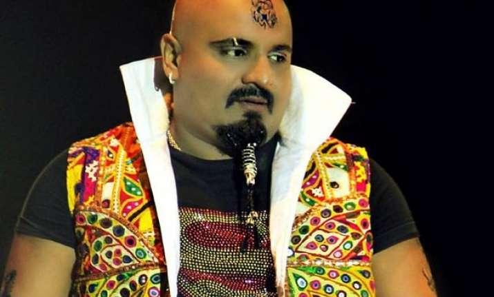 bigg boss 9 contestant no 14 arvind vegda gujarati folk