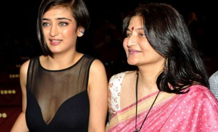 kamal haasan and sarika s separation made daughter akshara