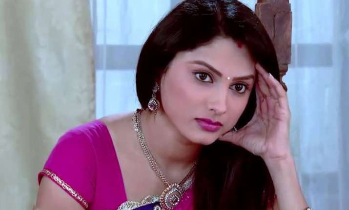 rashi sees mysterious thing in gaura masi s room