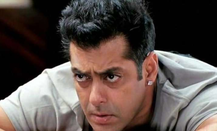 salman khan in trouble again accused of snatching docs