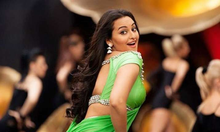 iifa 2015 sonakshi sinha to enthrall audience with her