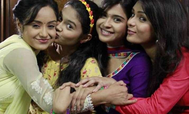 neha ishita sonal and pragati celebrate diwali on shastri