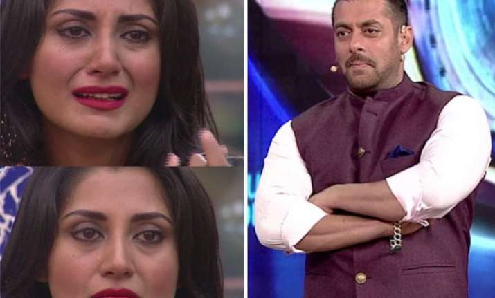 watch video salman khan made rimi sen cry in bigg boss 9