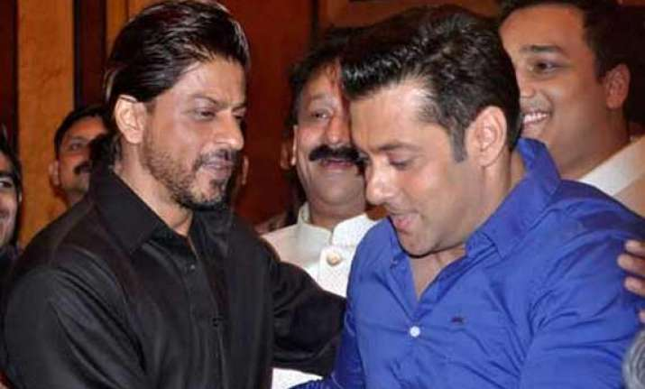 shah rukh thanks salman for promoting his film in bigg boss