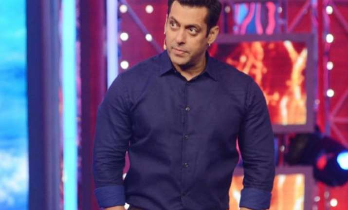 bigg boss 9 3 former bb contestants to enter salman khan s
