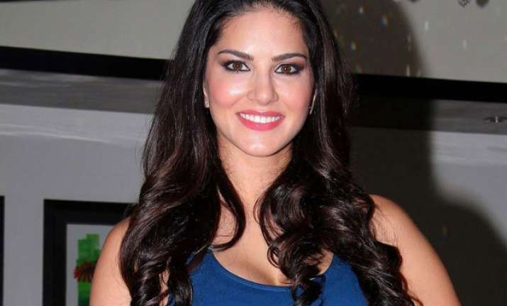 sunny leone wants to play a superhero in her next film