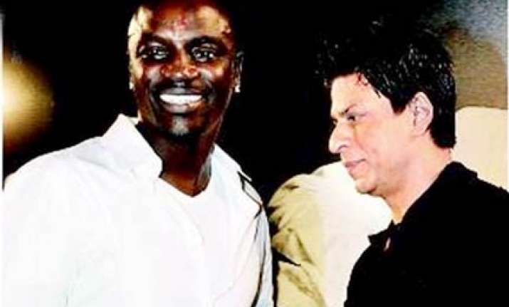 akon will be srk s guest in mannat