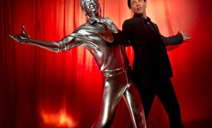 shah rukh khan gets his life size 3d model