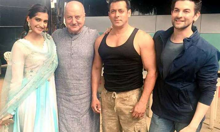working with salman khan an amazing experience sonam kapoor