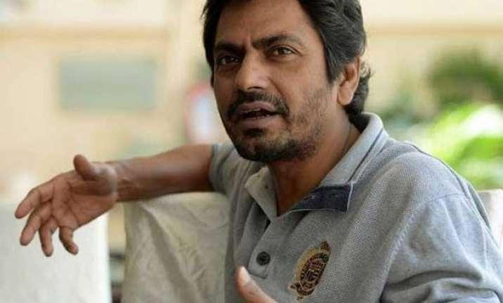 don t watch manjhi on laptop requests nawazuddin siddiqui