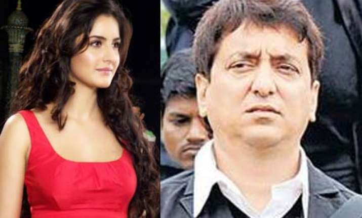 katrina ties a rakhi to salman s friend sajid