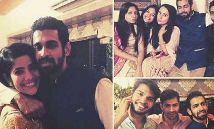 varun dhawan and his girlfriend natasha avoid posing