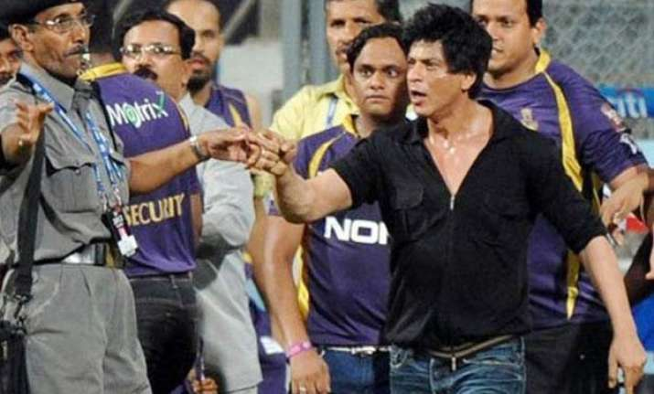 wankhede brawl after 3 years police directed to file fir