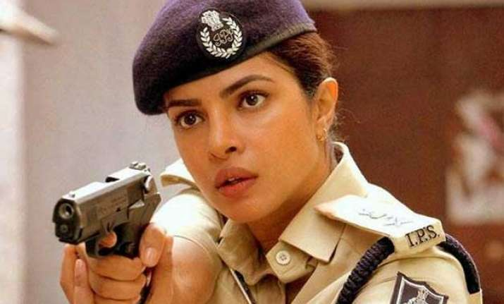 hold on priyanka chopra is not main lead in jai gangaajal