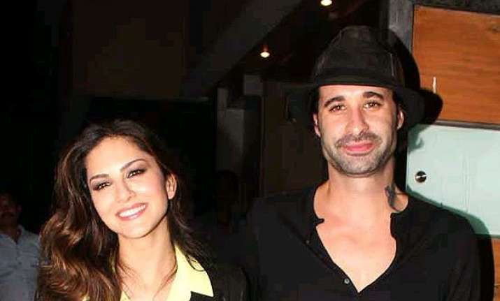 sunny leone s husband to choose actors for his wife