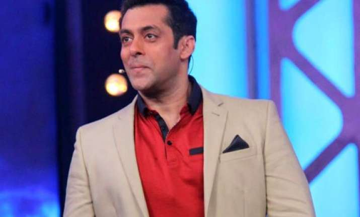 bigg boss 8 know what makes salman khan the best host view