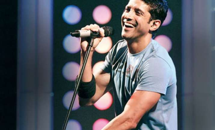 on farhan akhtar s 42nd birthday celebs wish the rockstar