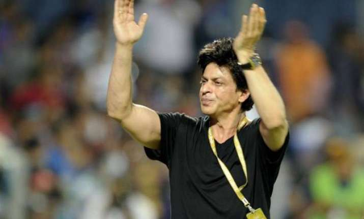 shah rukh khan will not be able to witness wankhede game
