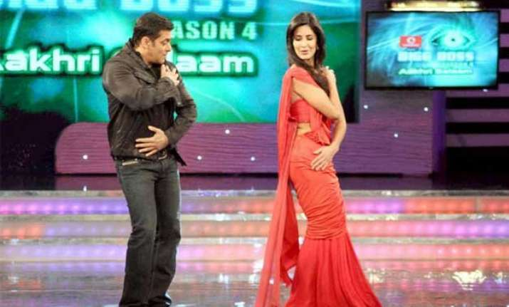 salman katrina to come together for bigg boss 9 finale