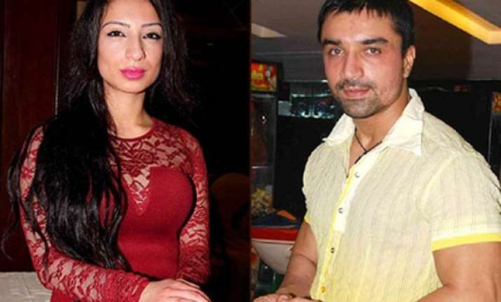 ajaz khan and shanti dynamite to pair up in i luv dubai