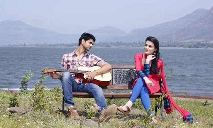 what happens after ishani and ranveer jump off the bridge