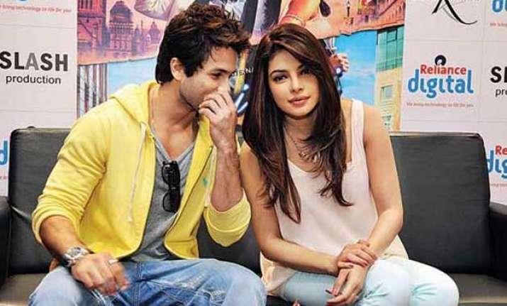 Shahid kapoor and priyanka chopra dating anyone