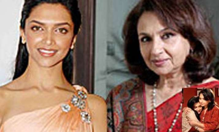 sharmila tagore to play deepika s mother