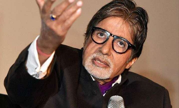 amitabh bachchan explains why women are stronger beings
