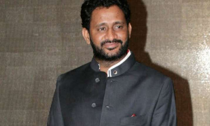 banned india s daughter gets resul pookutty a golden reel
