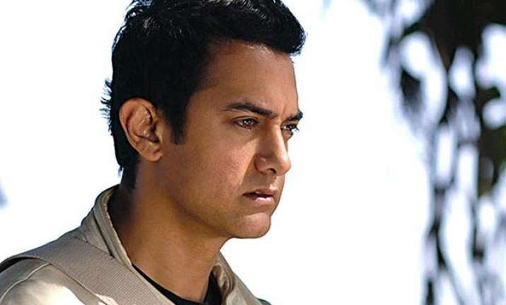 ramesh sippy aamir discuss censorship issues with rathore