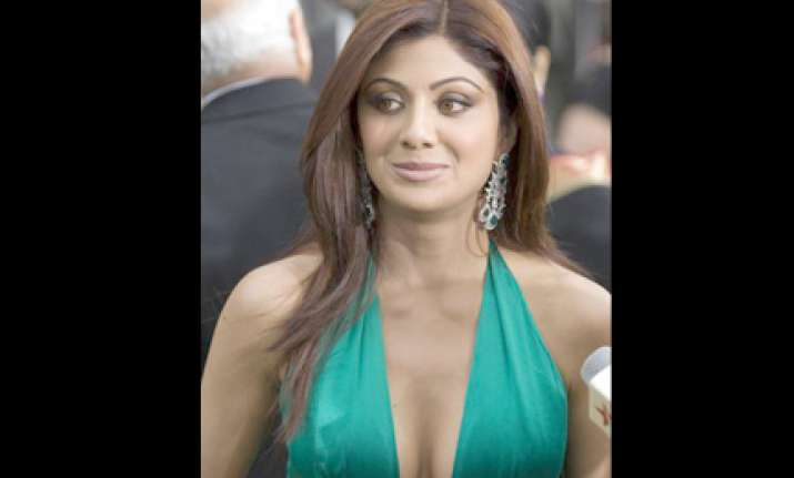 shilpa shetty s firm sued for 6 million pounds
