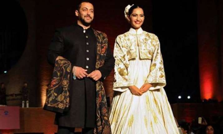 is salman taking help from entire bollywood to promote prem