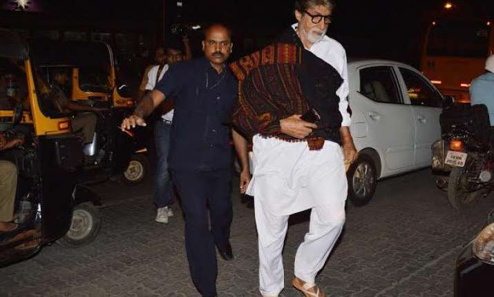 amitabh bachchan ditches luxuries for wazir and walks to jw