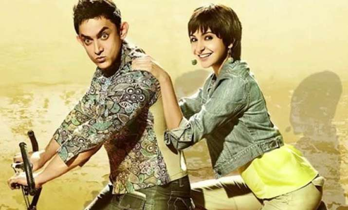 pk movie review aamir khan as pk will steal your heart