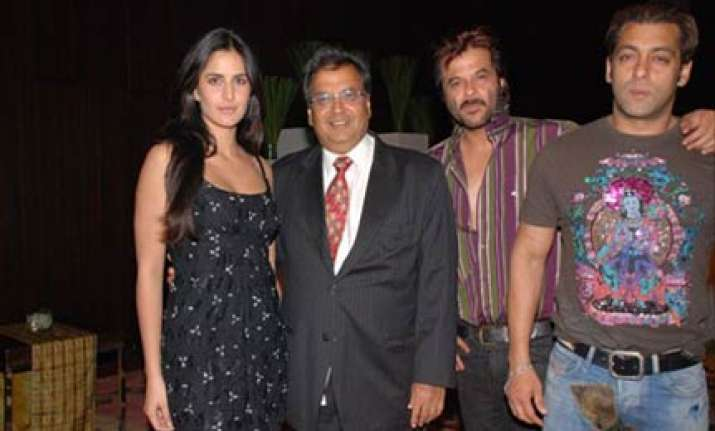 don t wear jeans it corrupts you subhash ghai tells youths