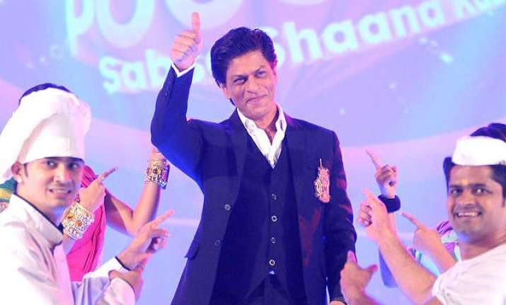 shah rukh khan s performance is a tribute to aam admi in