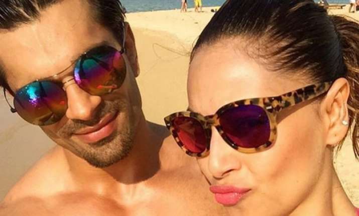 bipasha basu s birthday pics on insta tells her romantic