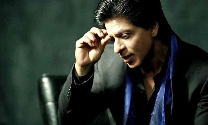 shah rukh khan thanks fans post surgery