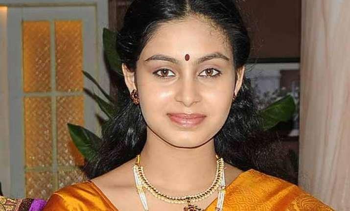 abhinaya excited with her b wood debut through balki s