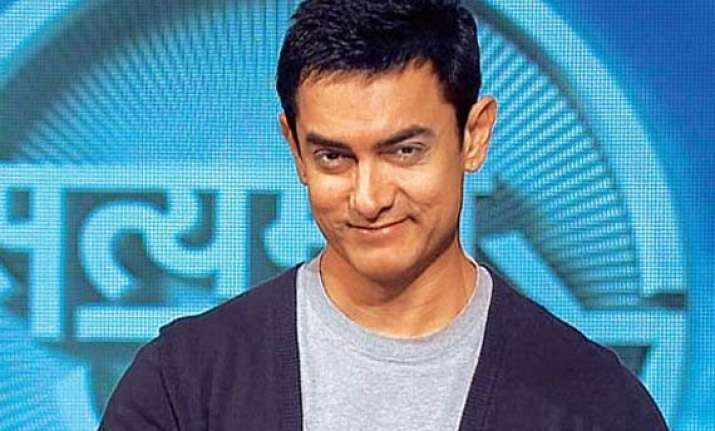 aamir khan pledges to never be a bystander in road accident