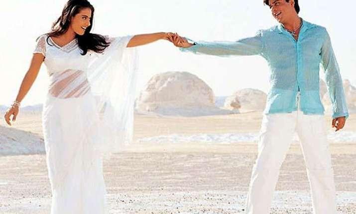 shah rukh khan credits kajol for spelling magic in romantic