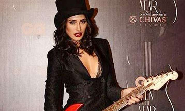 hrithik s dare was nerve wracking for nargis fakhri
