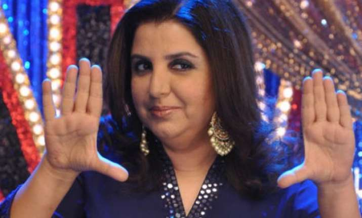 b town showers love on farah khan on her birthday