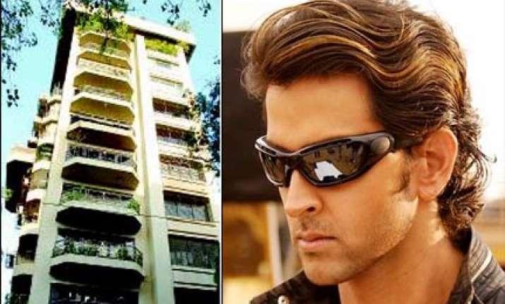 mumbai thief claims he robbed hrithik