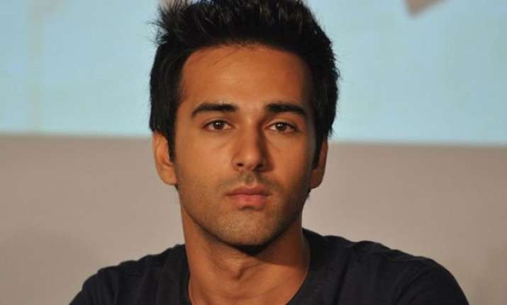 ooppss pulkit samrat s former mother in law slams him over