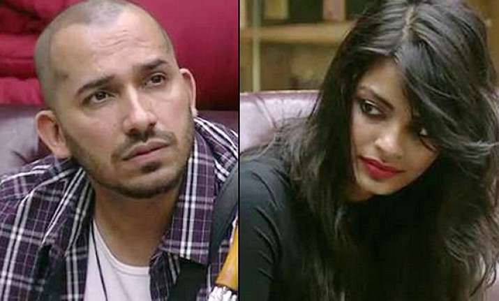 bigg boss 8 day 36 sonali blames ali for touching her